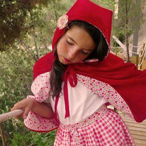 Disfraz de Caperucita Roja de BelandSoph - Disfraces caseros y tiendas - Fiestas de cumple para niños - Charhadas.com