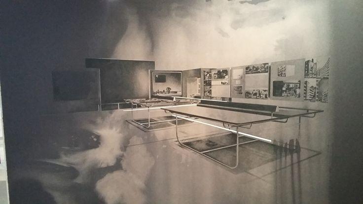 tatiana trouve artiste   Dessin de Tatiana Trouvé, 13e Biennale de Lyon. Très design non ?