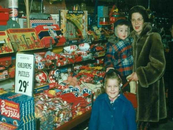 Christmas in the 5 and 10 Cent Stores - Bing Images