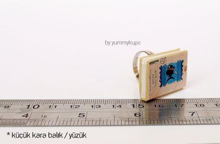 Küçük Kara Balık Kitap / Yüzük  #fashion #design #miniature #food #art #miniaturefoodart #polymerclay #clay #minyatur #polimerkil #kil #nutella #tasarim #taki #sanat #moda #sokak #tutorial #yummykupe #mold #kalip #nasil #bileklik #kolye #kupe #yuzuk #aksesuar #kadin #ring #earring #accesorie #necklace #special #custom #books #thelittleblackfish #kucukkarabalik #samedbehrengi