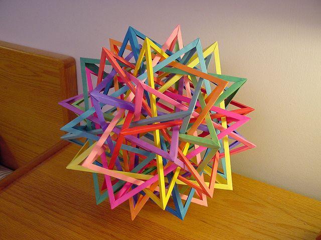 15 Interlocking Isosceles Tetrahedra: 2-Fold Axis by Daniel Kwan #origami #paper