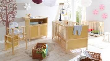 Komplet mebli do pokoiku dziecięcego z łóżeczkiem 70x140 + wyposażenie