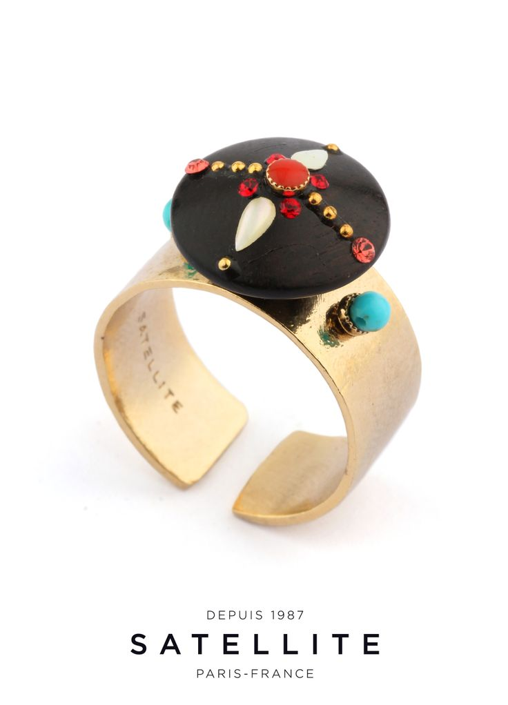 The perfect illustration of the Yoona collection, this Satellite ring features a Kamagong wood cabochon and will be your must for summer. #bague #ring #bijoux #jewelry buy it here : http://en.satelliteparis-boutique.com/catalog/product/view/simple/7852/id/8470/s/bague-yoona/category/133/?simple=7852