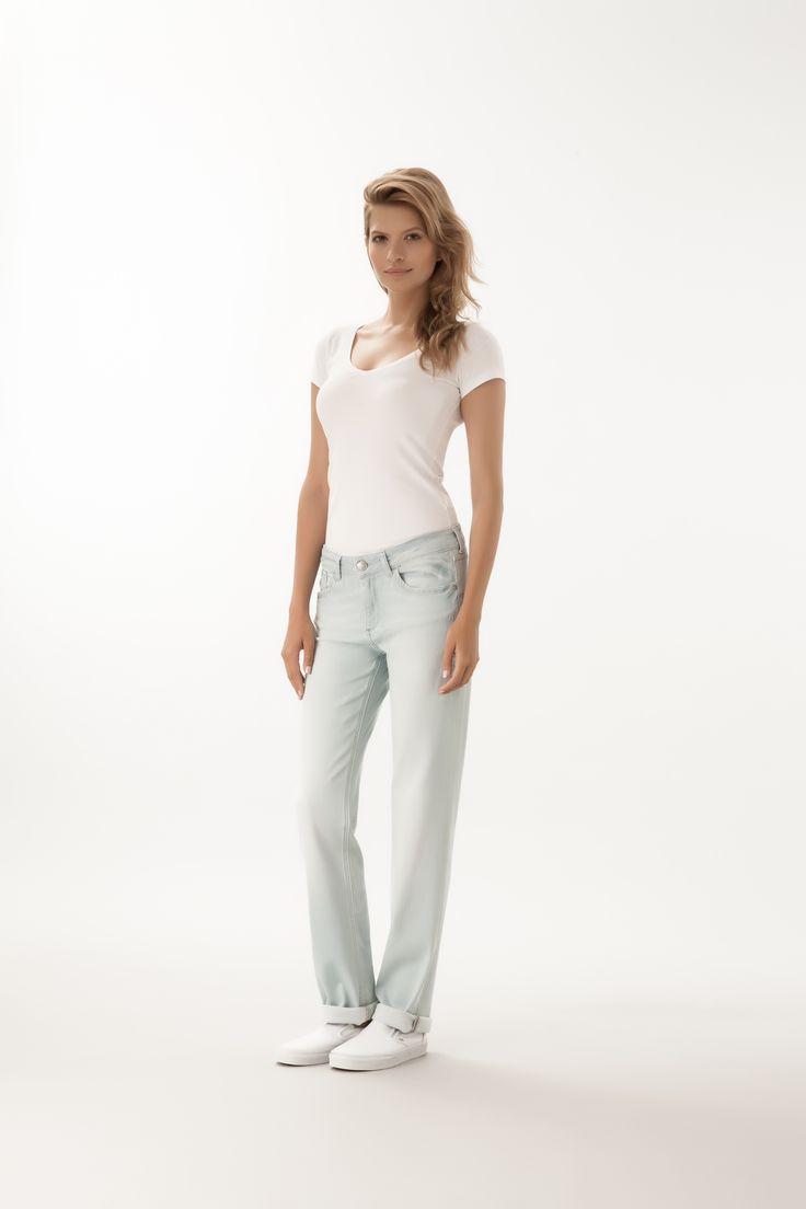 Rose / High Waist Regular Fit  #denim #CrossJeans
