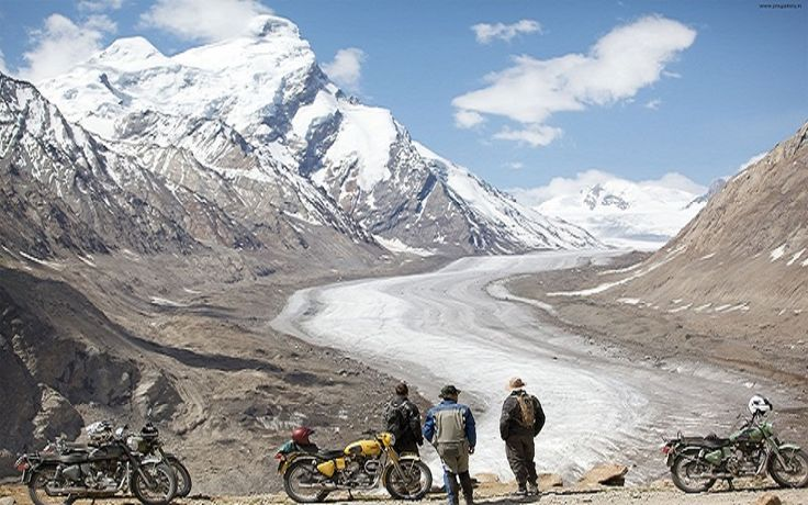 Enjoy Leh Ladakh Bike Tour Packages with Into Wild Himalaya, we Ladakh Trip by Bike with full adventure activities.