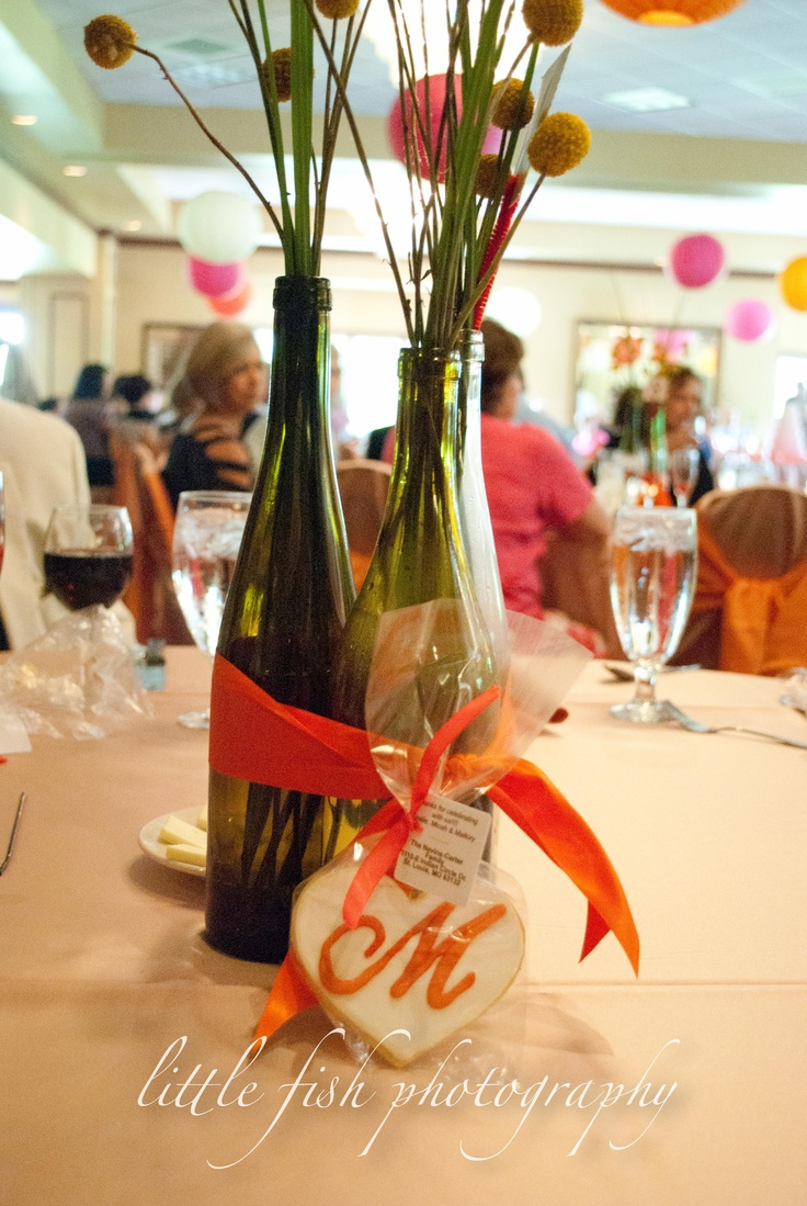 1000 images about wedding centerpieces on pinterest for Clear wine bottle centerpieces