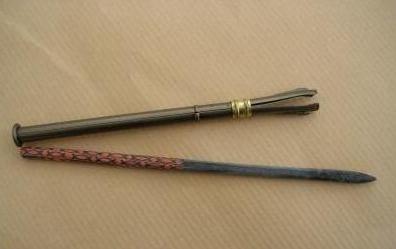 Crayon d'ardoise et son porte-crayon