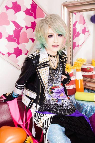 Motoki du groupe smileberry