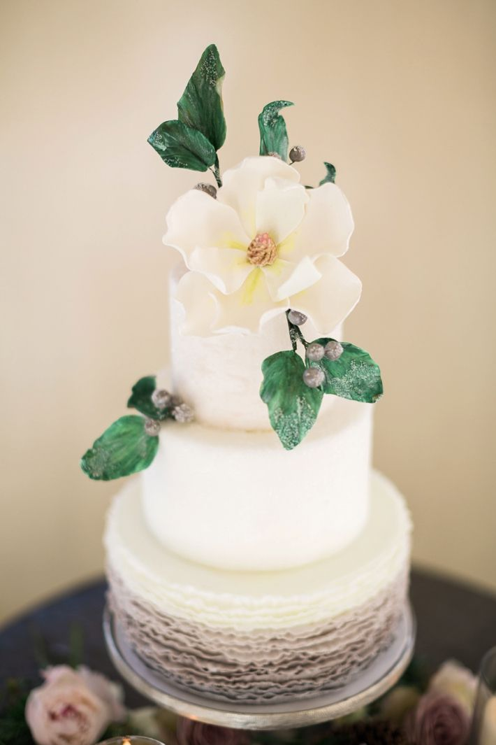 wedding cakes in lagunbeach ca%0A An Intimate Newport Beach Winter Wedding Inspiration Shoot
