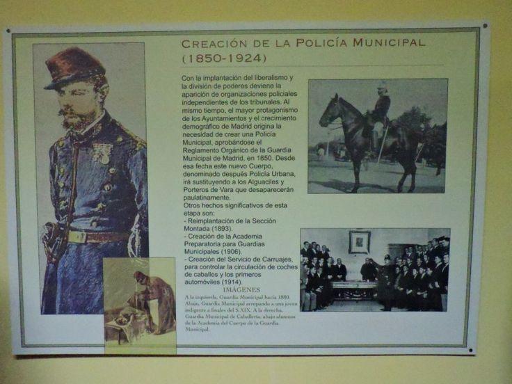 Museo Policía de Madrid - En las paredes de la sala hay colgados carteles con la historia del cuerpo.
