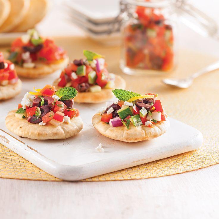 Vous raffolez de salade grecque? Vous aimerez la redécouvrir en petites bouchées!