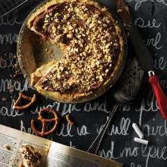 No-Bake Cream Cheese Peanut Butter Pie. WOW!