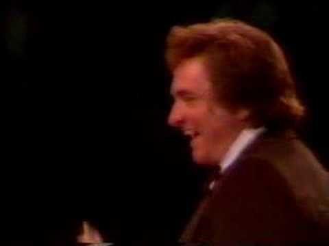 ▶ June Carter Cash - Flat Foot Dance London 1981 - YouTube
