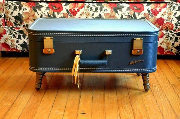 Creative uses for vintage suitcases coffee table