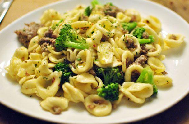 Orecchiette con salsiccia e broccoli - Parliamo di Cucina