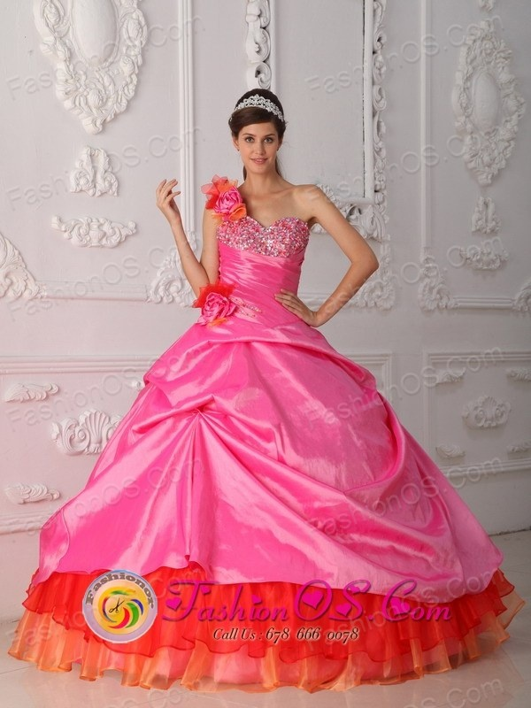 http://www.fashionor.com/The-Most-Popular-Quinceanera-Dresses-c-37.html  Bow Dresses of 15 Quinceanera gowns dresses on Easter Day  Bow Dresses of 15 Quinceanera gowns dresses on Easter Day  Bow Dresses of 15 Quinceanera gowns dresses on Easter Day