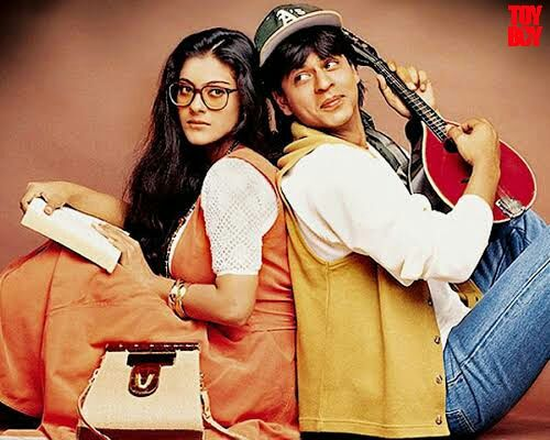First movie which I have seen 😍😍😍😍😍😍  Romantic couple raj and simran.   #movie #DDLJ #srk #kajol