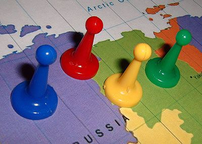 This article contains more detailed advice on making board games that are more advanced, as well as educational.   This article itself is more complex to read, than that in previous learning, but much more nutritious food for thought.
