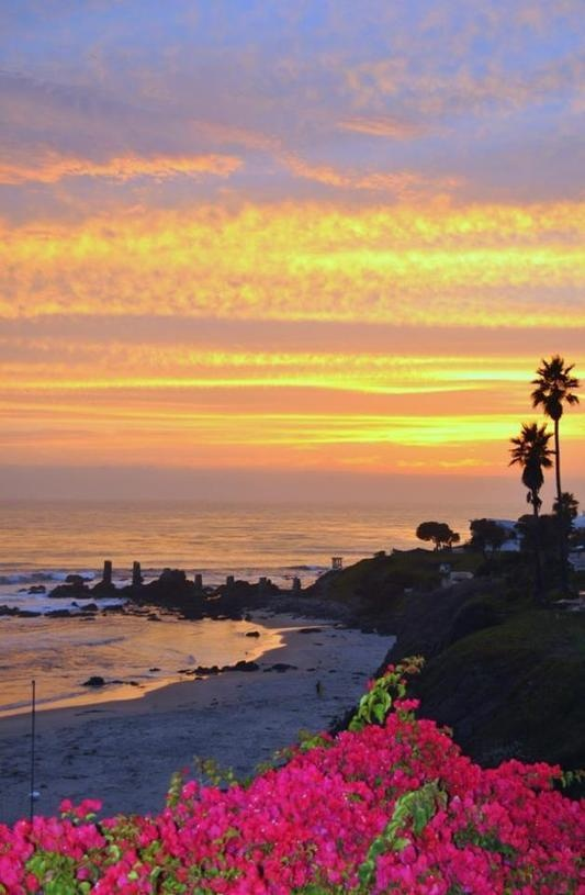 Sunset in Rosarito Beach - Pic by Kevin Reems, via baja.com