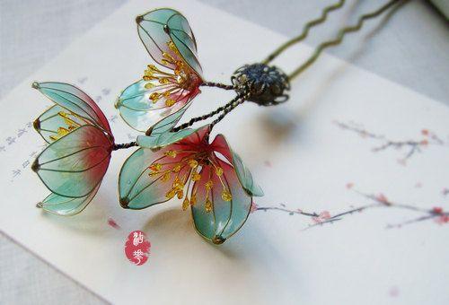Oriental Vintage style Plum blossom hair stick/hair comb/ Bridal headpieces/ wedding/ Kanzashi/hair clip/hair fork/asian tradition