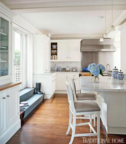 New York Apartment with Elegant British Style | Traditional Home #Outdoor #Kitchen #Decor ༺༺  ❤ ℭƘ ༻༻
