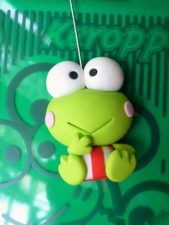 make a frog and paint it this one is made of fimo