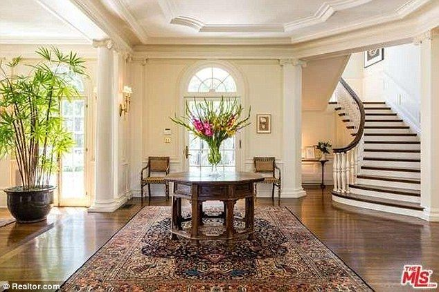 'She wants to make this her new home': The house boasts six bedrooms, ten bathrooms and is...
