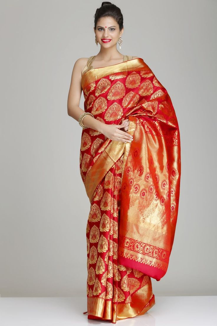 Ravishing Red Hand-Woven Pure Silk Kanjivaram Saree With Traditional Half-Fine Gold Zari Motifs