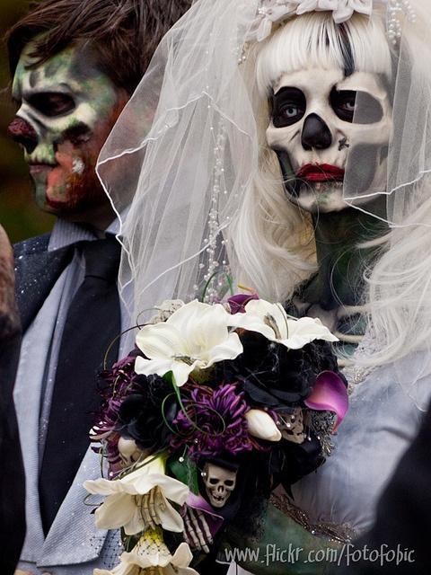 Toronto Zombie Walk 2011: A Zombie Wedding