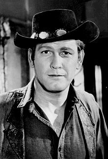 Earl Holliman  THE WIDE COUNTRY WAS A LEADING CAST MEMBER IN  THE SERIES .