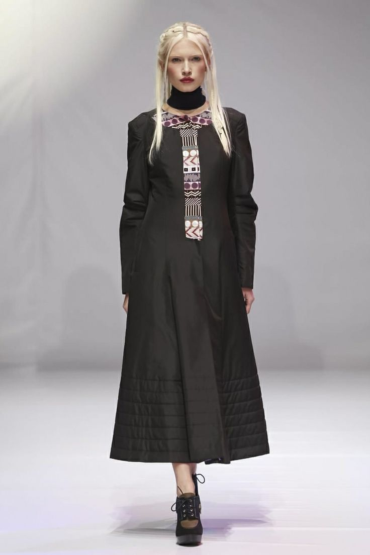 Andreeva Ready To Wear Fall Winter 2014 Kiev - NOWFASHION