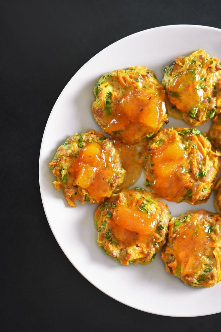 Curry Turkey Bites + Apricot-Ginger Sauce by Michelle Tam http://nomnompaleo.com