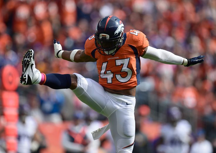 . T.J. Ward (43) of the Denver Broncos celebrates a sack in the first quarter. The Denver Broncos played the Minnesota Vikings at Sports Authority Field at Mile High in Denver, CO on October 4, 2015. (Photo by AAron Ontiveroz/The Denver Post)