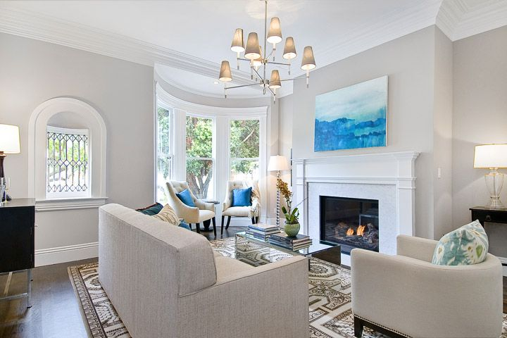 elegant + bright living room: Idea, Wall Color, Neutral Wall, Traditional Living Rooms, Throw Pillows, Cardea Building, Benjamin Moore, Bedrooms Paintings Color, Accent Color