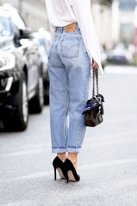 Faded jeans and classic heels