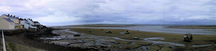 Appledore - Taw/Torridge Estuary at low tide (you'll be relieved to hear!).  Had to work to make a panorama back then!