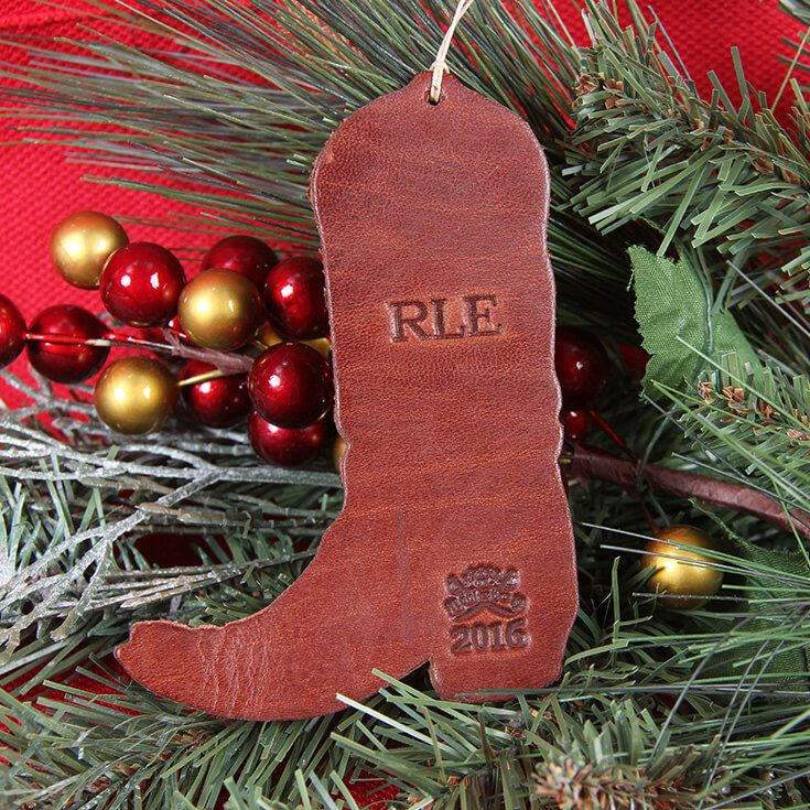 54 best Country Christmas images on Pinterest  Country christmas