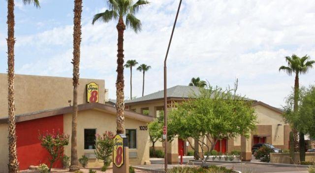 Super 8 Tempe - 2 Sterne #Motels - EUR 35 - #Hotels #VereinigteStaatenVonAmerika #Tempe http://www.justigo.at/hotels/united-states-of-america/tempe/super-8-tempe_104339.html