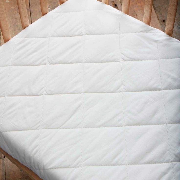Washable Absorbent Waterproof Mattress Pad