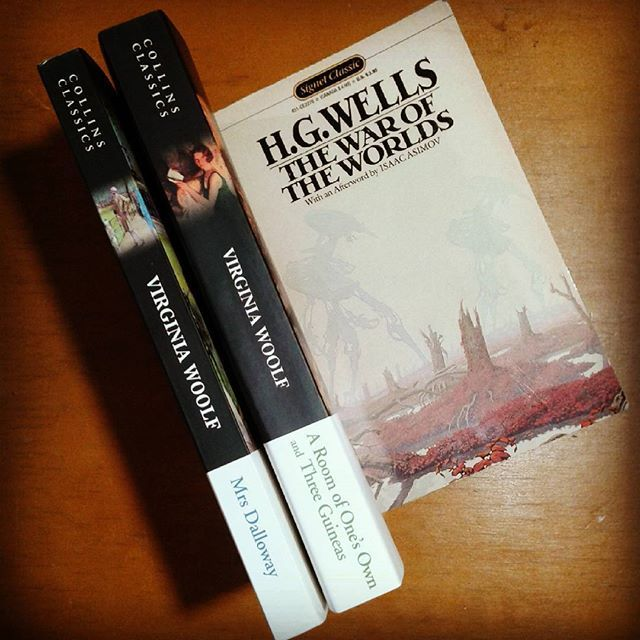 Found a few awesome books on my visit to my favorite second-hand bookstore today! ❤ #books #book #booknerd #bookworm #library #personallibrary #classics #novel #classicnovel #classicnovels #mrsdalloway #aroomofonesown #virginiawoolf #woolf #virginia #waroftheworlds #scifi #sciencefiction #aliens #hgwells #england #english #authors #women #empowerment #photo #bookphotography #bookphoto #photos #photography