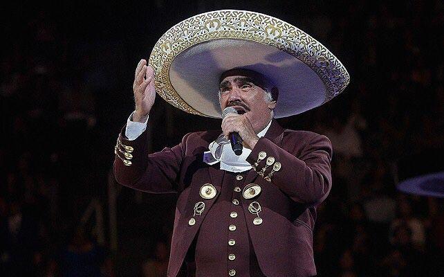 Vicente Fernández Jr. aclaró que su padre, Vicente Fernández, se encuentra bien www.vivalaradiotelevision.com #tv