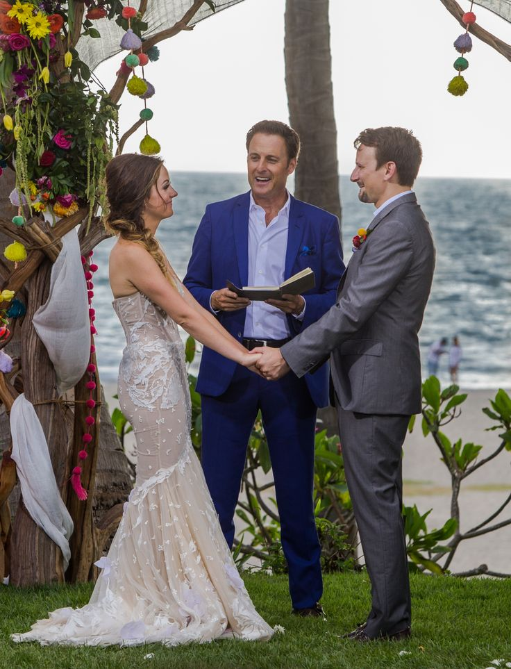 Bachelor in Paradise's Carly Waddell and Evan Bass Are Married!