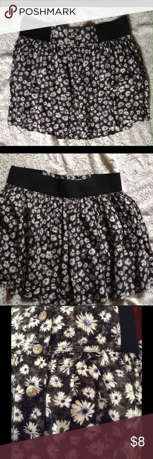 American Eagle Outfitters Skirt flower print American Eagle Outfitters Skirts Mini
