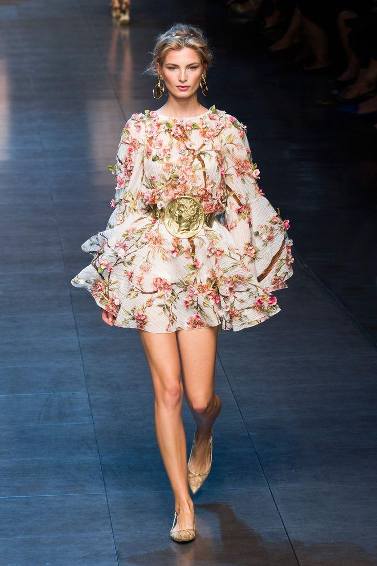 Dolce & Gabbana at Milan Spring 2014
