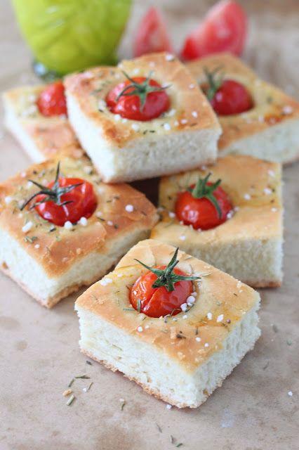 Délices d'Orient: Focaccia tomates cerises, romarin et huile d'olive