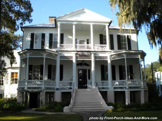 Would love to live in an old Southern home that had a lot of history! Too bad they would require a ton of money to maintain.