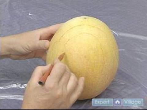 How to Carve Fruit Centerpieces : Drawing A Swan Head For Making Fruit C...