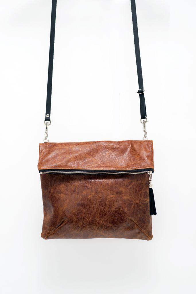 VIDA Leather Statement Clutch - Nutshel handbag by VIDA 76h6Z5RZ