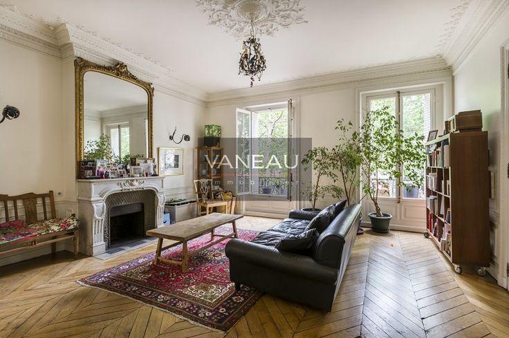BEL APPARTEMENT DE CARACTÈRE | Agence Immobilière Vaneau Paris