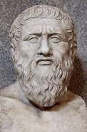 Nació en Atenas en 427 , y murió , en la plenitud de su vida intelectual, en  347 pertenecía a una familia noble y antigua su vocación personal lo llamaba a la política , a la vez que la atracción de Sócrates lo llevo a dedicarse a la filosofía. La muerte de Sócrates lo aparto totalmente de ella; solo se  interesó por los temas políticos. la actividad de Platón se ciño a su genial meditación filosófica , y a la enseñanza viva en la escuela de filosofía que fundó.